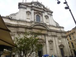 L'église Saint-Ignace sur la place du même nom