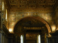 Sainte-Marie-Majeure - l'arc d'Ephèse