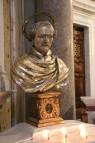 Saint-Yves-des-Bretons - Buste de saint Yves