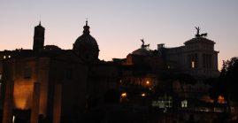 Rome - Vue vers le Vittoriano et le Forum