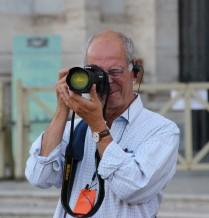 Un photographe connecté et photographié...