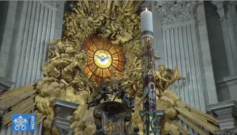 2020-04-11 Chaire de st Pierre et cierge pascal