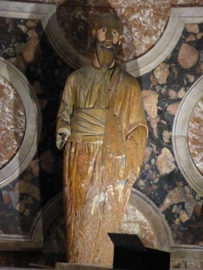 Saint-Paul-hors-les-Murs - Statue brûlée de saint Paul
